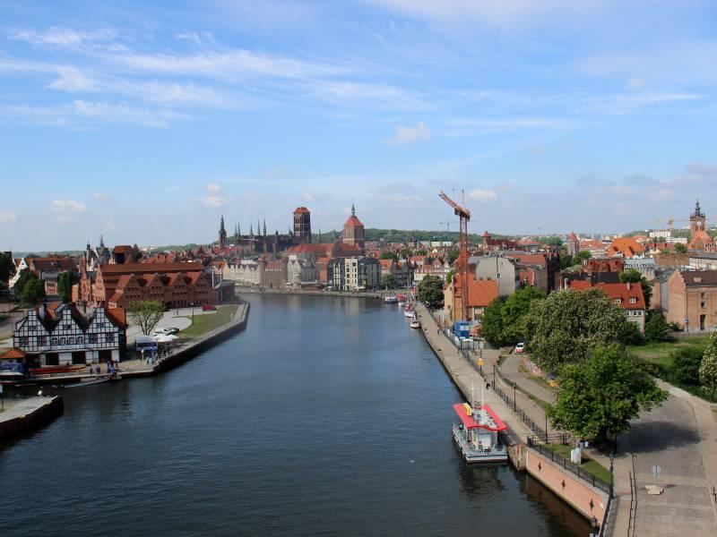 Gdańsk. Tysiąc lat historii i malownicze nadmorskie położenie sprawiają, że Gdańsk uznawany jest za jedno z najpiękniejszych miast w Polsce.